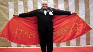 'Usta'ya Yılın Tiyatro Emek Ödülü