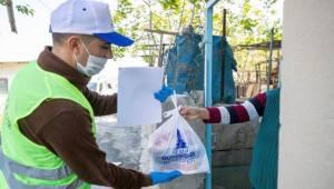 İzmirlilerin bağışlarını İzmirlilere ulaştırıyor