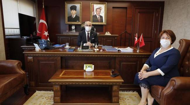 İlkay Girgin Erdoğan, İzmir Valisi Yavuz Selim Köşger'i ziyaret etti