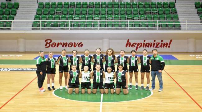 Bornova'nın Sultanları ilk maçına çıkıyor
