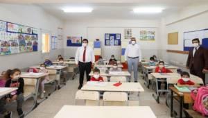 Bucalı miniklerin okul seti Başkan Amca'dan