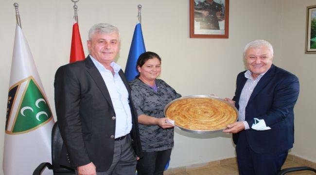 Tuncay Özkan'dan Balkan derneklerine ziyaret